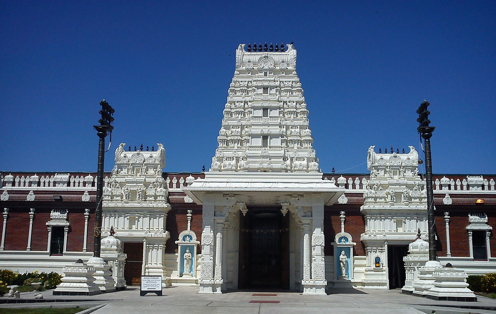 Entrance of the Shiva Vishnu Hindu temple in Livermore, CA